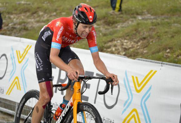 Gino Mader triumphs at Giro d'Italia with tubeless-ready wheels.