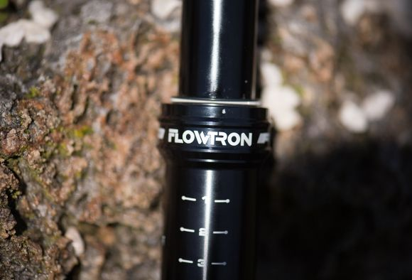 Flowtron dropper seatpost