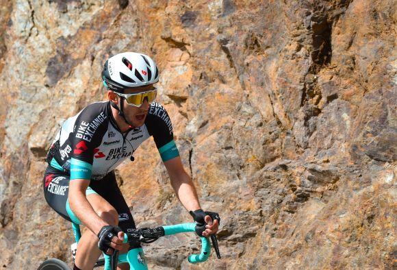 Simon Yates at TDF after the Giro d'Italia podium.