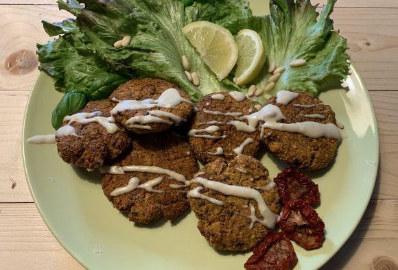 Veronica Yoko Plebani's Falafel