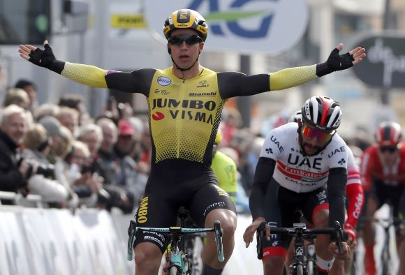 Dylan Groenewegen won at Paris-Nice with Metron 5D