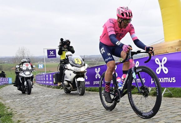 EF Education-Nippo riders are ready to face cobbles.